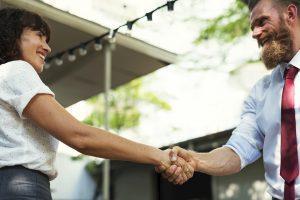 ProWoos handshake